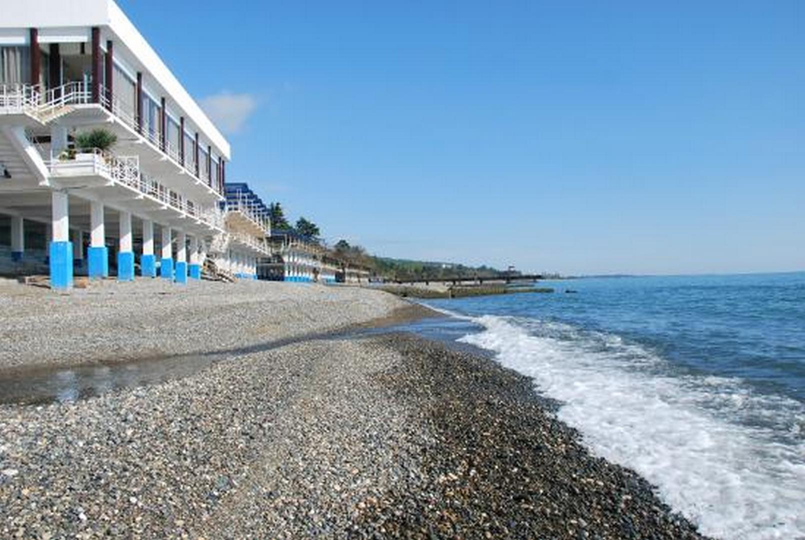 Описание пляжа Айтар в городе ��ухум Республика Абхазия на лето 2021 - фотографии, отзывы