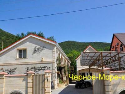 Гостевой дом «Валерия» в Абрау-Дюрсо по ул. Приморская, 35