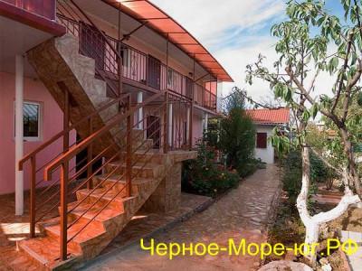 Севастополь частный сектор «Розовый Фламинго» по ул. Симонок, 81/25