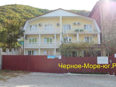 Частный дом «Ольга» в Небуге по ул. Набережная, 7б
