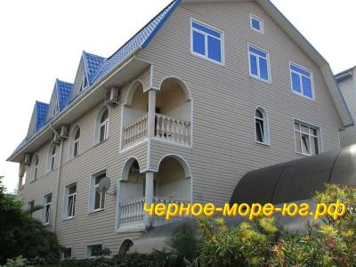 Частный сектор «Бриз» по ул. Демократическая, 50/6 в Адлере