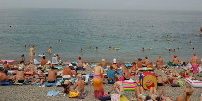 """Популярный пляж в Адлере - """"СССР"""" лето 2021 года режим работы, отзывы, фото"""
